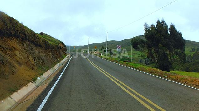 corredor-chuquicara-cabana-santiago-de-chuco-shorey-6