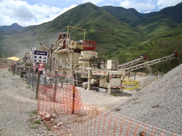 Chancadora en proceso, La Granja Rio Tinto en Cajamarca Perú - Foto 3