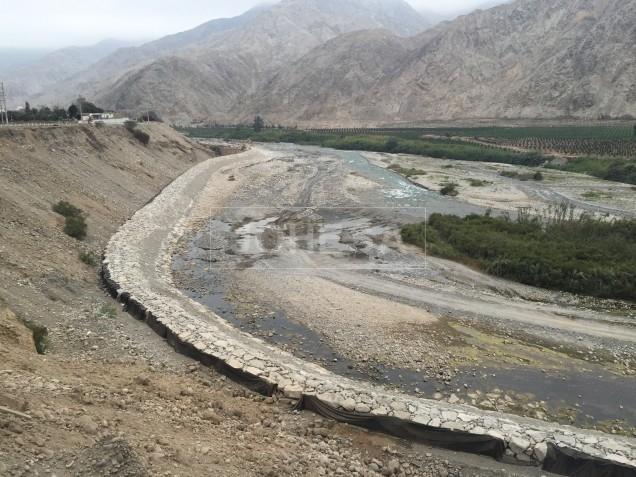 Construcción en proceso, Puente Lunahuana - Foto 2